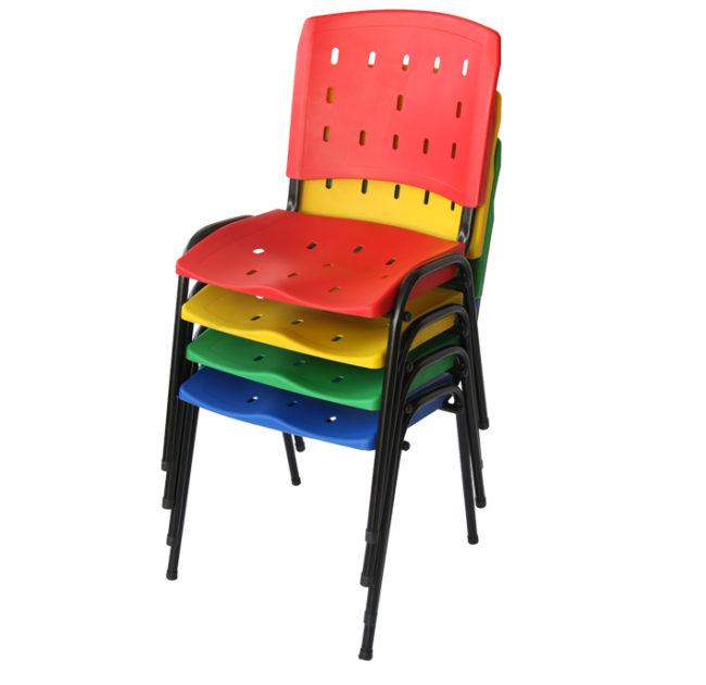 Cadeira Confort-empilhada
