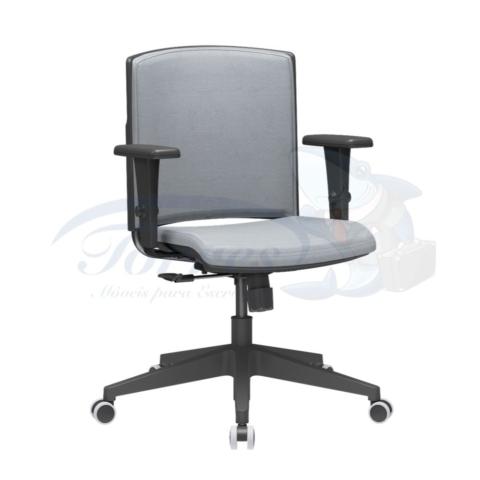 Cadeira Torres Versatile giratória