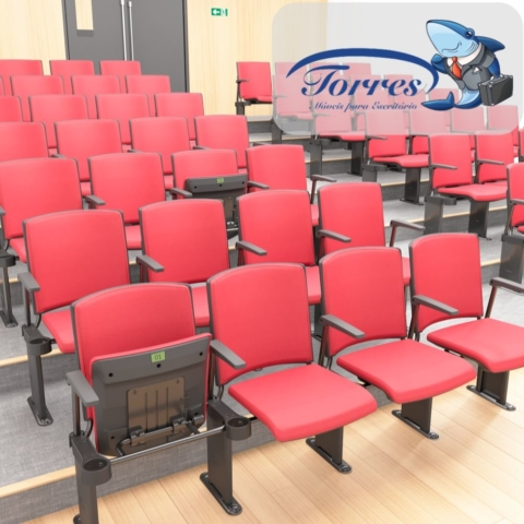 Auditório com cadeiras Torres Versatile