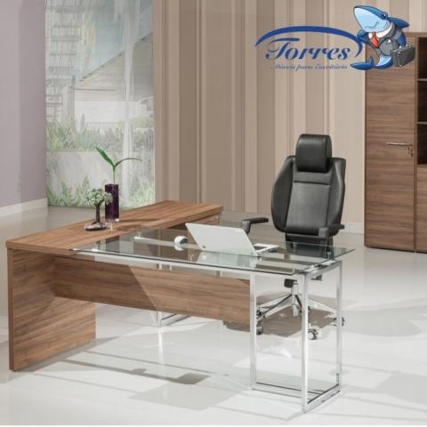 Mesa madeira e vidro Torres Beton 1001 mesa em L