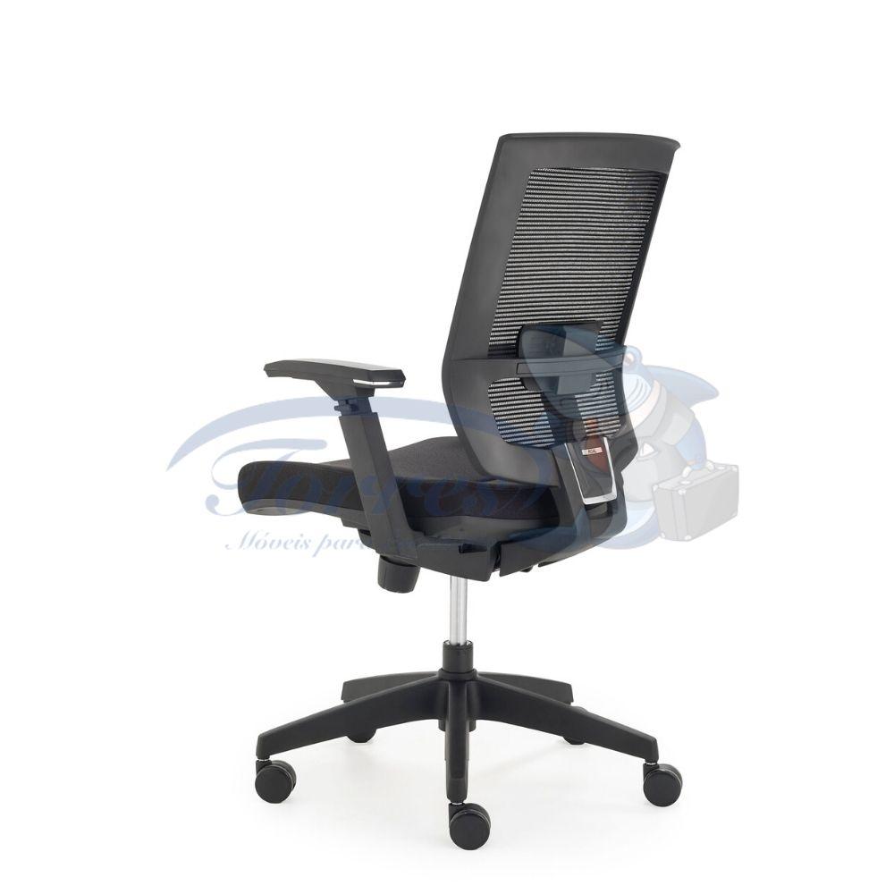 Cadeira Diretor Torres Monza costas base giratória e braço regulável