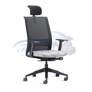 Cadeira Presidente Torres Agile com apoio de cabeça, base giratória e braço regulável